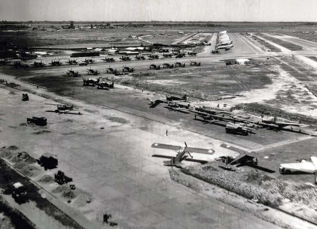 Site internet sur l'amée de l'aéronautique en Indo 04_82_Bach_Mai_Hanoi_recadreph
